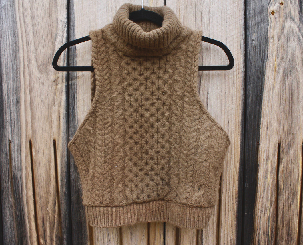 Wool and Walnuts Irish Knit Crop