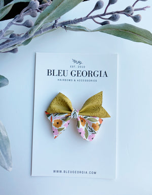 Butterscotch and Floral Duo - Twiddle Bow