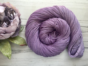 Lily of the Valley -DK weight