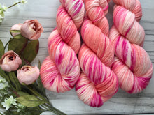 Load image into Gallery viewer, Peach bellini  -Aran weight