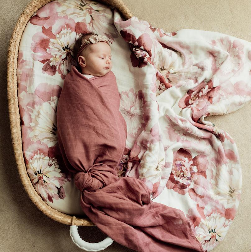 Essential Swaddle - Mulberry