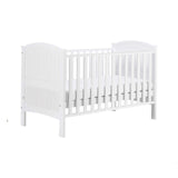 This Sunshine cot bed has three adjustable base heights, making it easier to pick up your newborn!