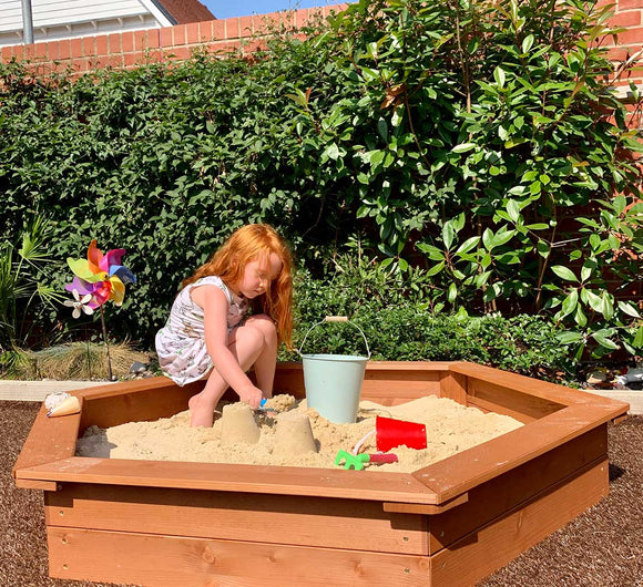 Childrens Large  Eco Wooden Sandpit with Cover | 1.5m diameter | 12m+