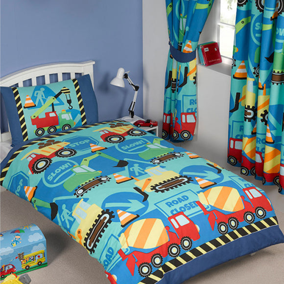 Our 'Trucks'nTractors' Duvet Cover and Pillowcase Set is the ideal bedding set for little construction fans!