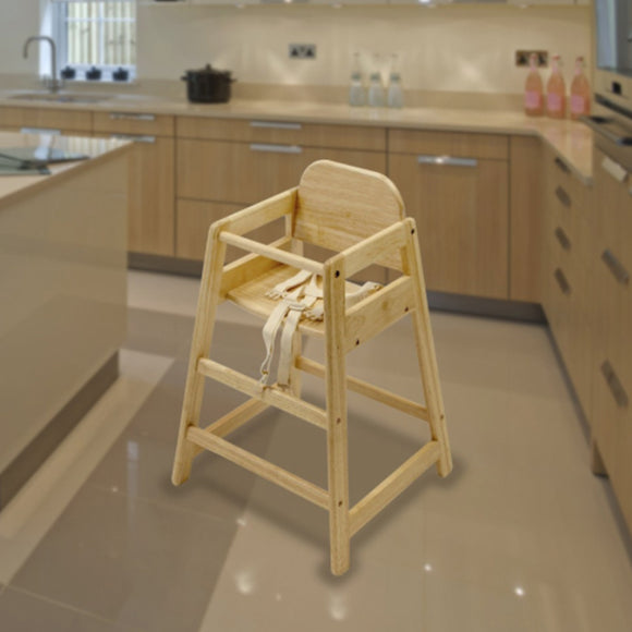 This no-fuss highchair is perfect for joining in on family meals and for those following the method of baby led weaning