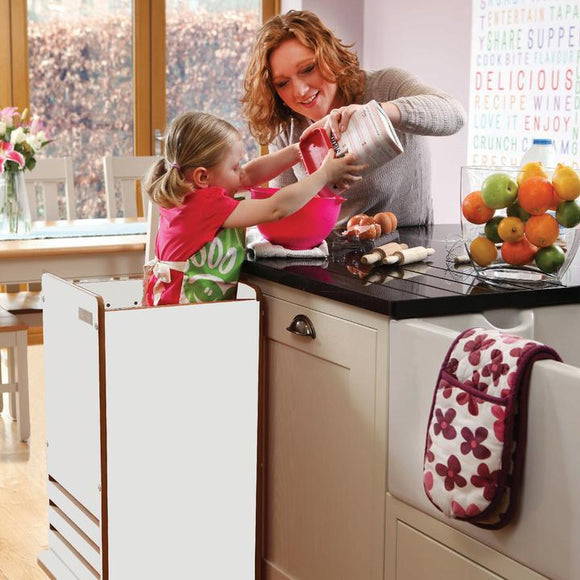 Little Helper FunPod learning tower in white. Parent and child bonding in your tot's own fun pod kitchen tower.