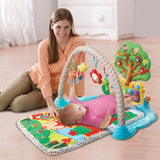 This beautiful playmat features a colourful rainbow arch with 3 attachment links