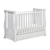 This cot also has 3 base heights, making it easier and safer for you to pick up your newborn.