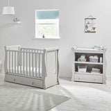 The baby changing top can be used as a convenient place for photo frames and nursery decorations when the nappy-times overs.