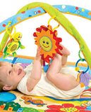 Integrated hooks on the arches for easy positioning of the colourful hanging toys and teether