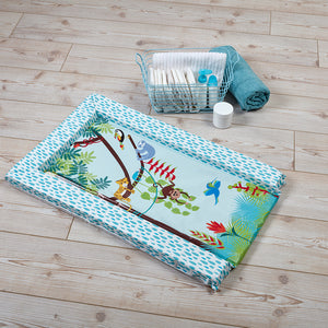 The Rainforest friends changing mat features a bright, fun print of adorable animals in the rainforest to keep your baby safe