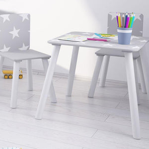 Simple to assemble, this super cute grey and white kids table and 2 chairs set is perfect for any petite picasso