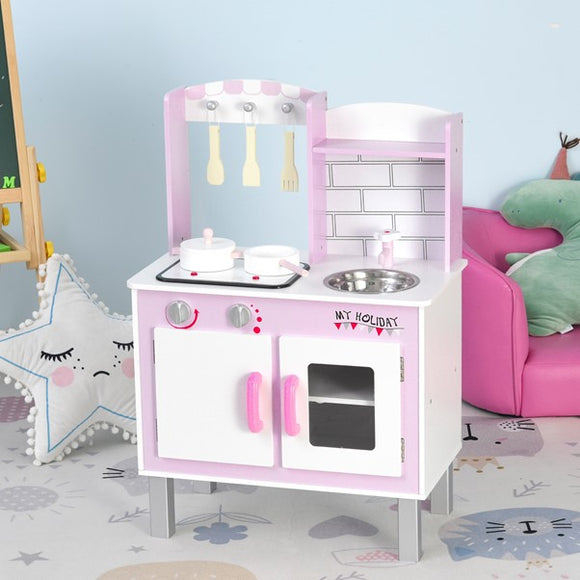 toy kitchen complete with oven, microwave, washing machine and sink, your little one has lots to play house with