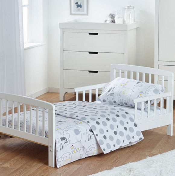 Made from solid pine and painted, this Classic White painted toddler bed has a simple, elegant look