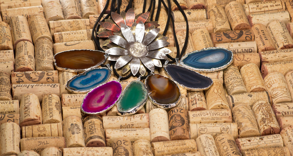 Silver Electroplated Agate Slice on Leather Necklace
