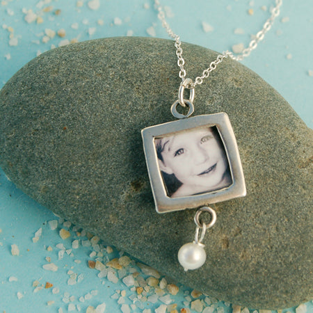 Personalized Photo Necklace - Bella Branch
