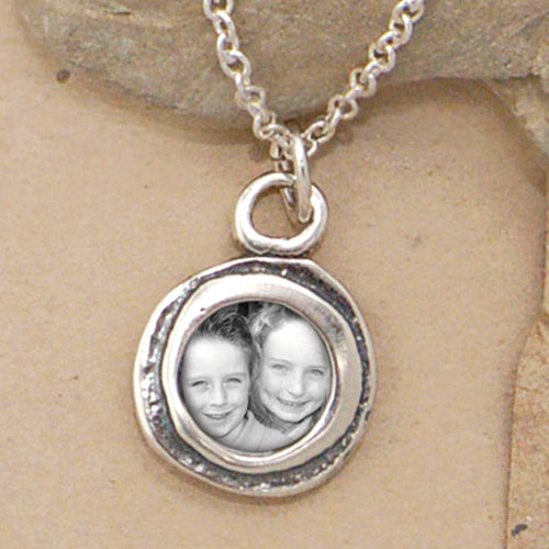 Circle of Love Photo Necklace - Bella Branch