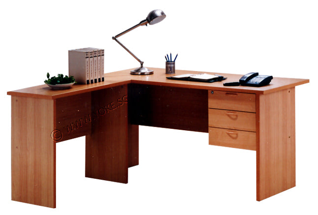 L-Shape Table With 3 Fixed Drawers - Beech