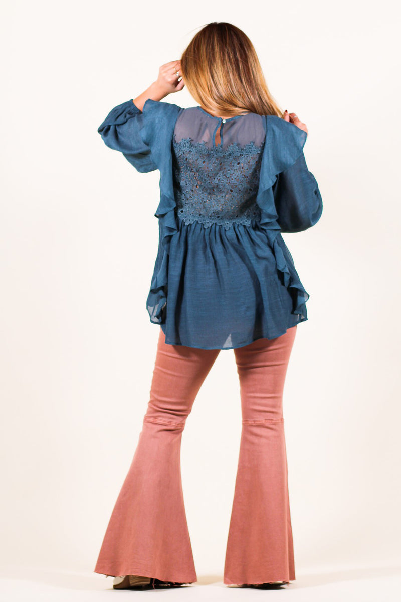 Textured Ruffle Lace Top