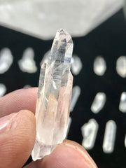 30 Grams of Brazilian Quartz Crystals - Random Pick - 20-30 crystals - Many Terminated! - Jewelry - Arts & Crafts - Orgonites - Metaphysical