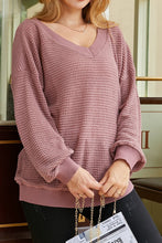 Load image into Gallery viewer, Mauve Waffle Knit V-Neck Top