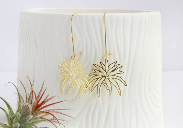 A Tea Leaf Jewelry - Air Plant Earrings | Style 1