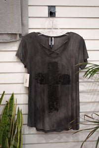 T-Shirt Distressed Cross