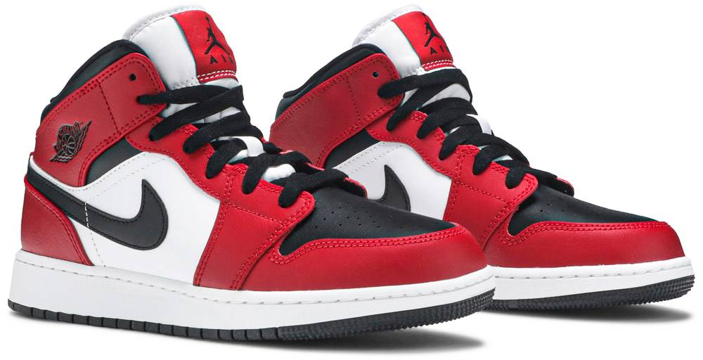 Air Jordan 1 Mid GS Chicago Black Toe | Hype Vault Malaysia