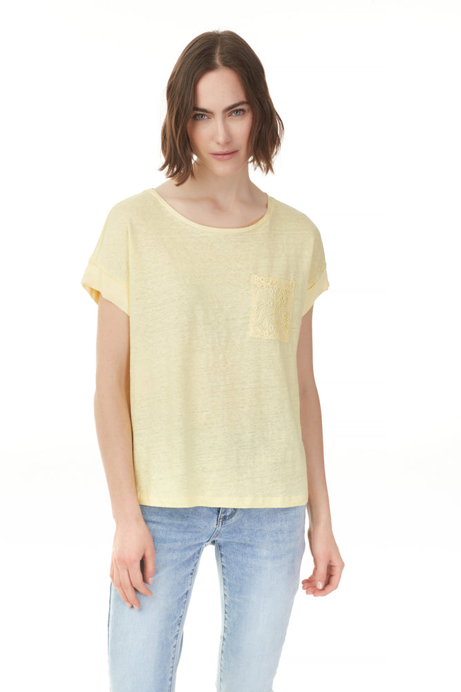 Charlie B Spring/Summer 2021 - Linen Top - C1269 - Canary