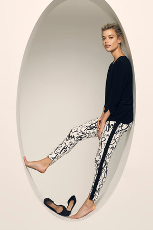 Lisette L Slim Ankle Pant Style 618936 Fun Party Print - The Coach Pyramids