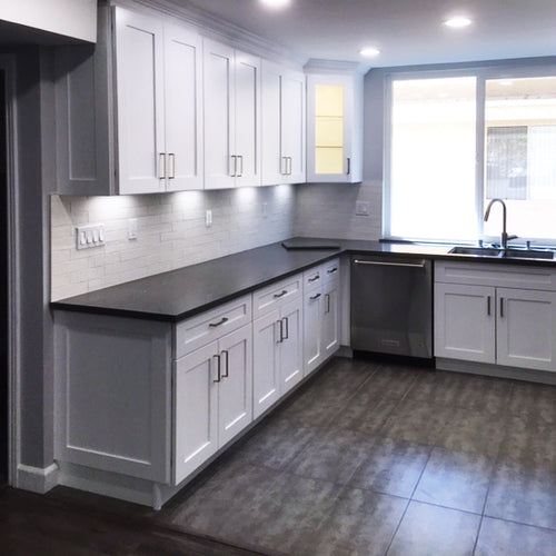 White Shaker 4 - Kitchen Cabinets, kitchen cabinets for sale, kitchen cabinets near me, las vegas kitchen cabinets, buy kitchen cabinets, where can I buy kitchen cabinets, best kitchen cabinets, kitchen cabinets wholesale