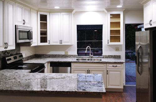Antique white 2 - Kitchen Cabinets, kitchen cabinets for sale, kitchen cabinets near me, las vegas kitchen cabinets, buy kitchen cabinets, where can I buy kitchen cabinets, best kitchen cabinets, kitchen cabinets wholesale