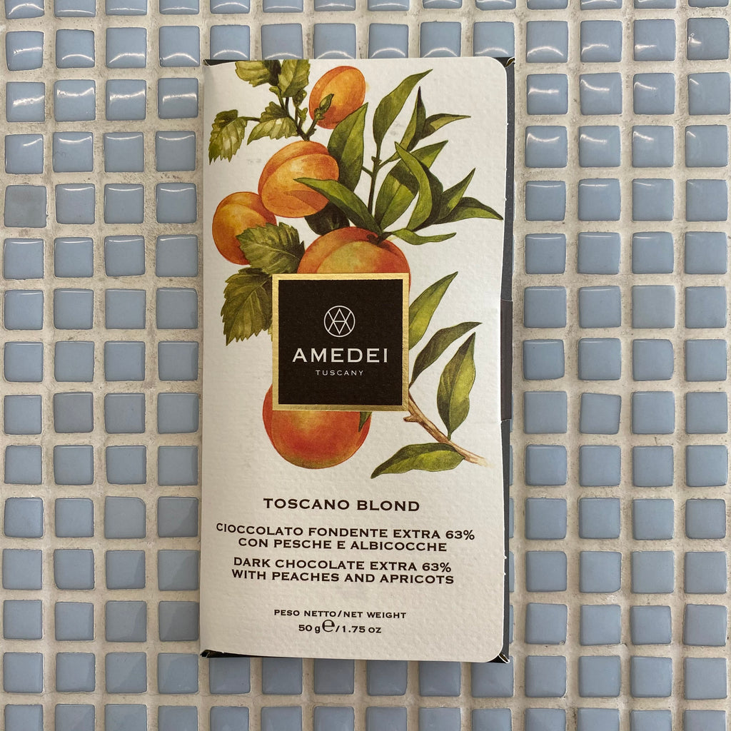 amedei toscano blond dark chocolate with peach and apricot