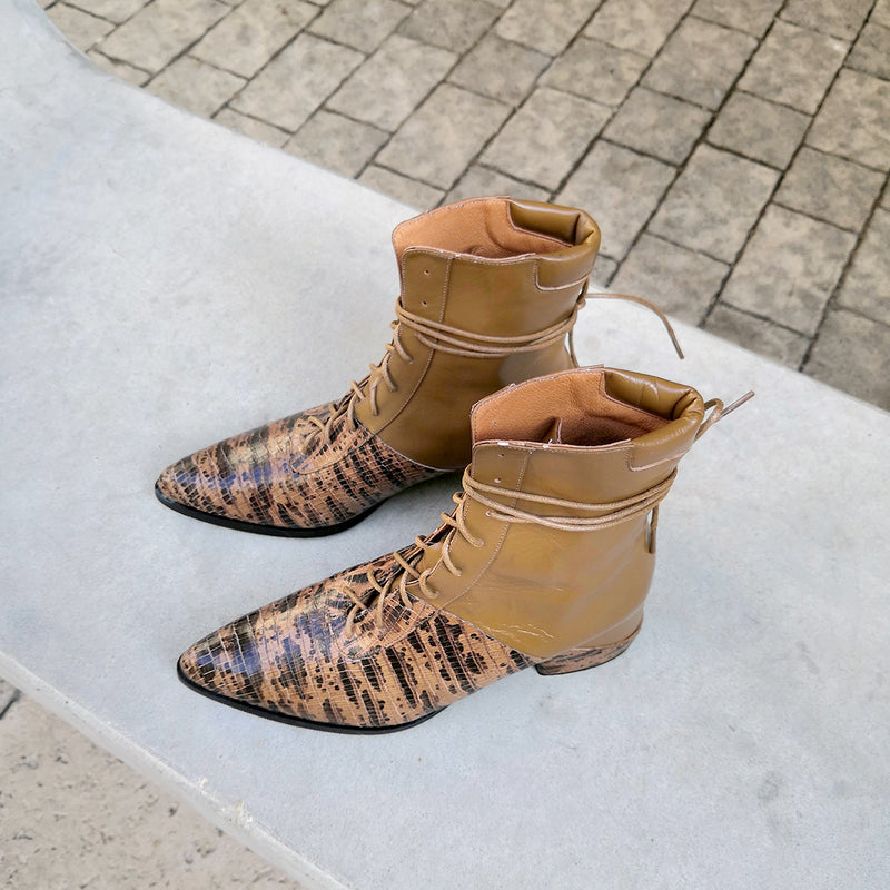 Printed Quartz-Brown Printed Leather Lace Up Ankle Boots