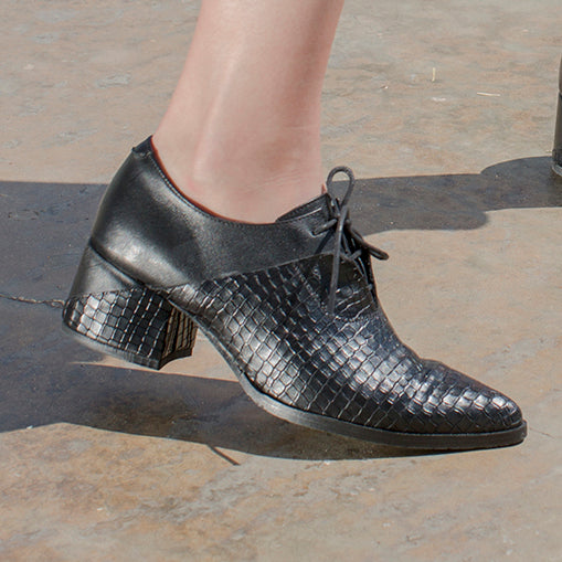 Tamarix- Snake Skin Heeled Oxfords, Black Shoes