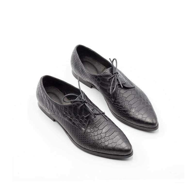 Reptile Textured Shoes- Shelly