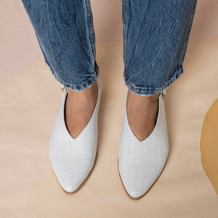 V- cut Flat White Shoe