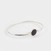 Load image into Gallery viewer, Whitby Jet Plain Round Bangle