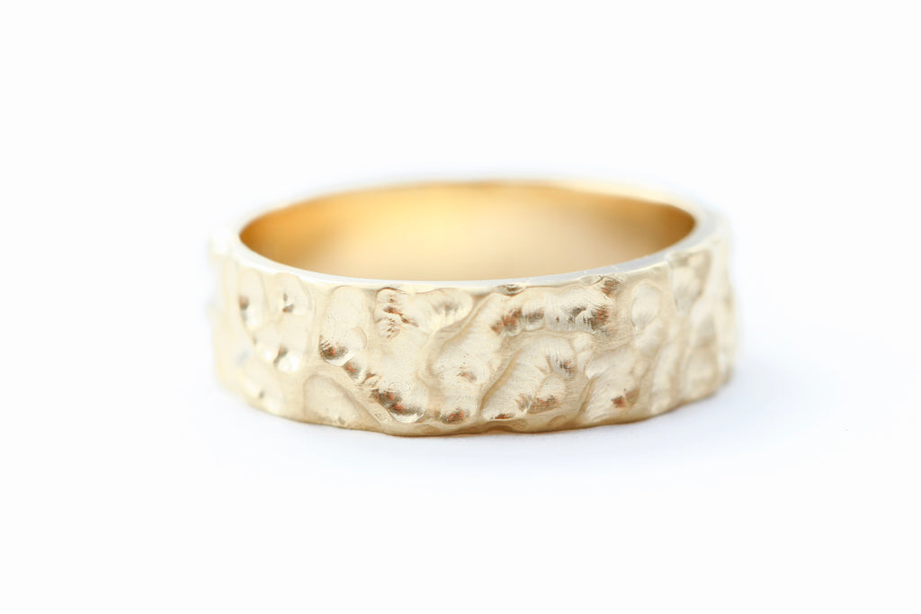 Men's Textured 14k Gold Band