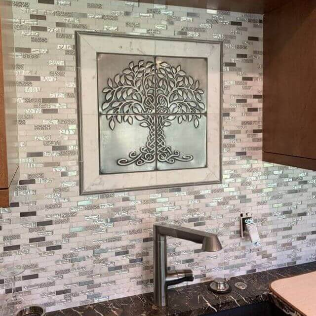 Decorative stainless steel tiles in your kitchen
