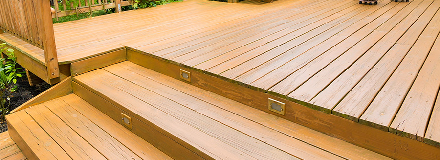 3 Easy Tips For Staining a Deck