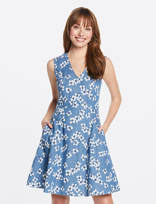 Love Circle Dress in Floral Chambray