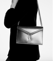 SAINT LAURENT / 생로랑 카산드라 모노그램 가죽 숄더백 챠콜 Cassandra monogram clasp bag in grain de poudre embossed leather