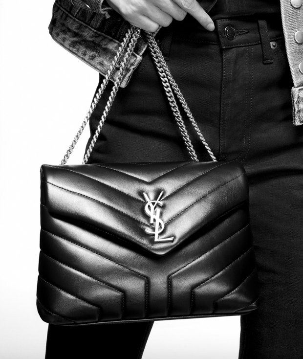 "SAINT LAURENT / 생로랑 스몰 루루 LOULOU 숄더백 블랙 Loulou small in matelassé ""Y"" leather"