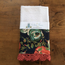 Load image into Gallery viewer, RETIRING Woodlands Paradis Crochet Kitchen Bar Mop Towel