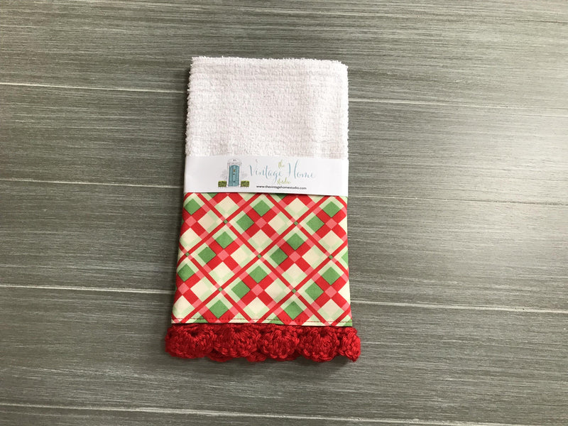 RETIRING Red and Green Christmas Plaid Crochet Kitchen Bar Mop Towel