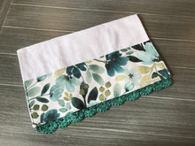Load image into Gallery viewer, Kimber Floral Crochet Kitchen Bar Mop Towel