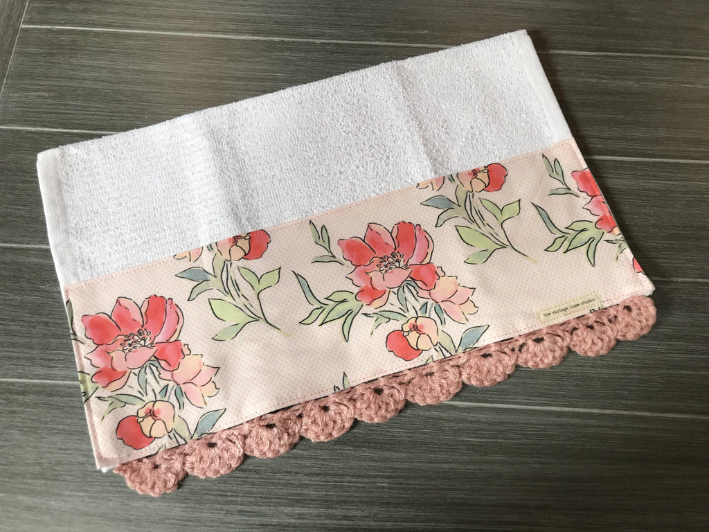 Vintage Floral Dot Tablecloth Crochet Kitchen Bar Mop Towel - The Vintage Home Studio