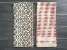 Load image into Gallery viewer, Red Polka Dot Tea Towel Set