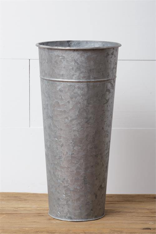 Galvanized Bucket - The Vintage Home Studio